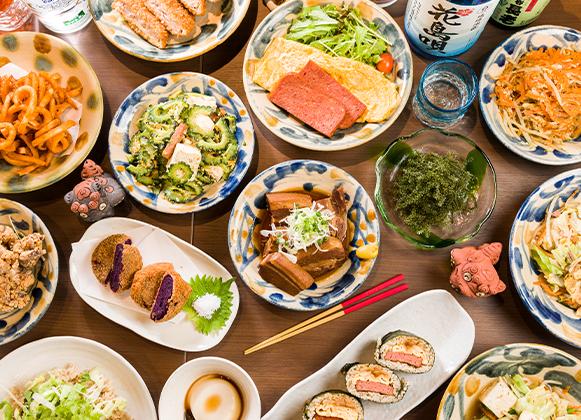 人気の沖縄料理がずらり!!